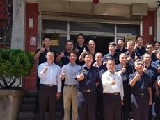 內政部長徐國勇   親赴基層打氣 偕警宣誓打造乾淨選舉
