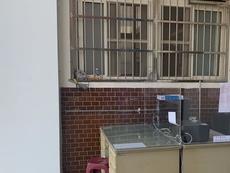 相關圖檔說明:新工警友站致贈隔離偵訊壓克力隔板、守護同仁執勤健康,圖片總數共1張